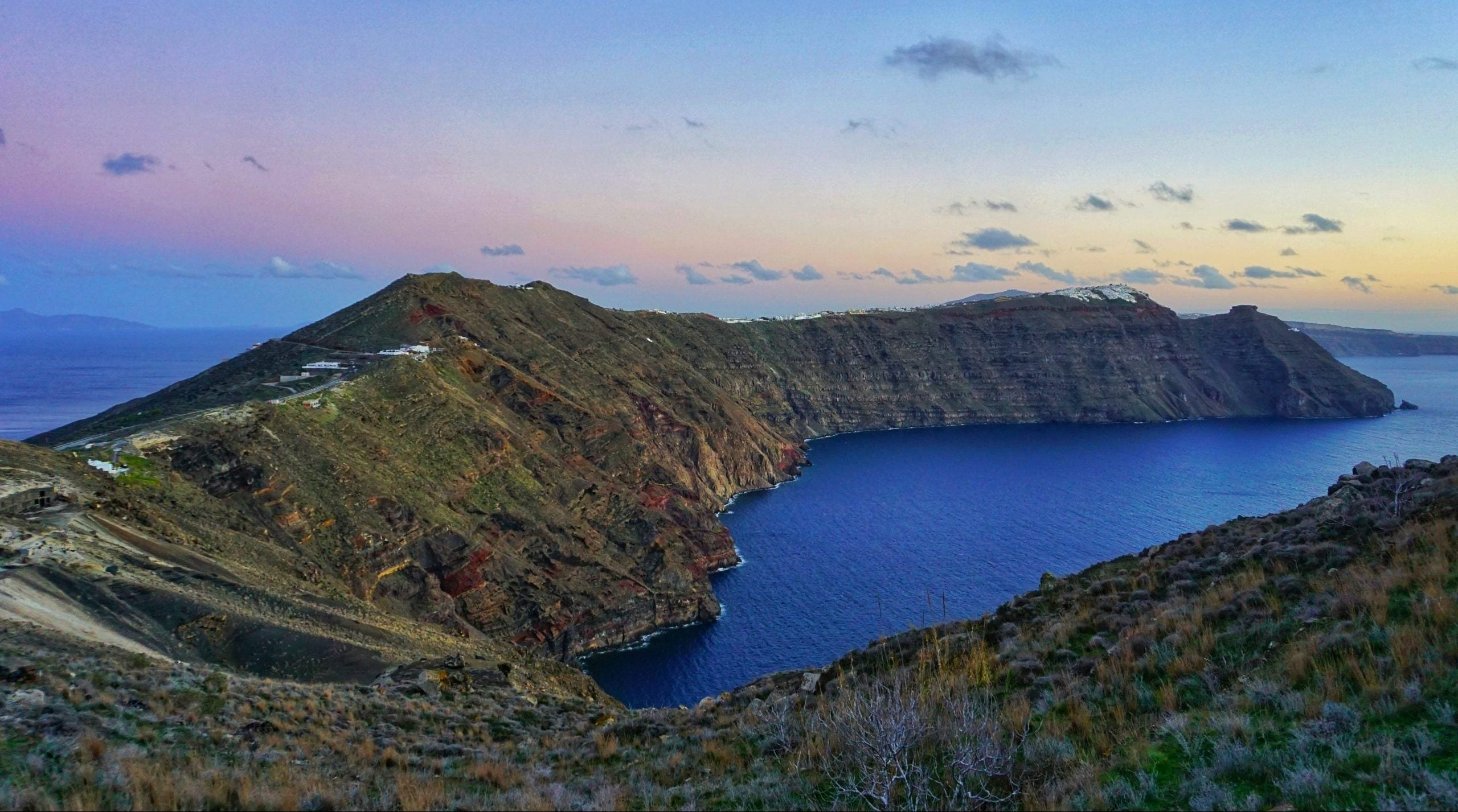 Read more about the article The most amazing hike in the whole of Santorini